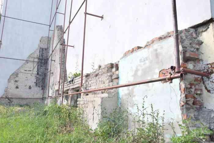 Malbork ul. Kościuszki szpecąca ściana zostanie zasłonięta